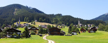 Beautiful Panoramic Alpine Vie...