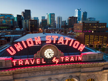 Union Station Train Station Tr...