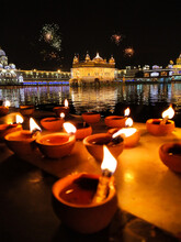 Golden Temple Amritsar Lit By ...
