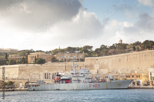 Foto seascape image from the grand harbour in malta