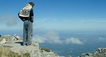 Alpinista Contemplando El Pais...