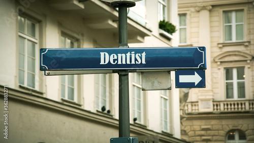 Fotografie, Obraz Street Sign to Dentist