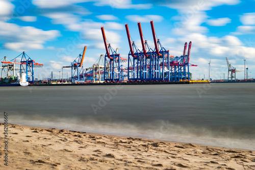 Fotografia Cranes At Commercial Dock