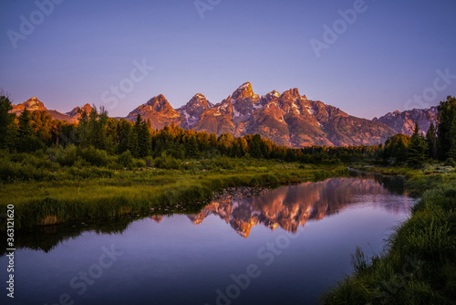 Valokuva The sunrise view of Mount Grand Teton, with reflection in front.