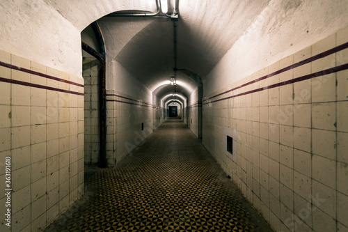 Tunnel of an old bunker from the Spanish civil war Fototapet