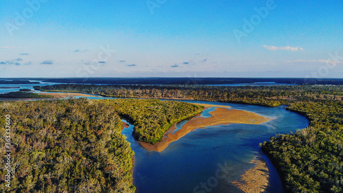 Fotomural Scenic View Of Sea Against Sky