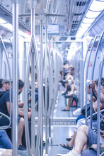 Metro Di Barcellona, Illuminat...