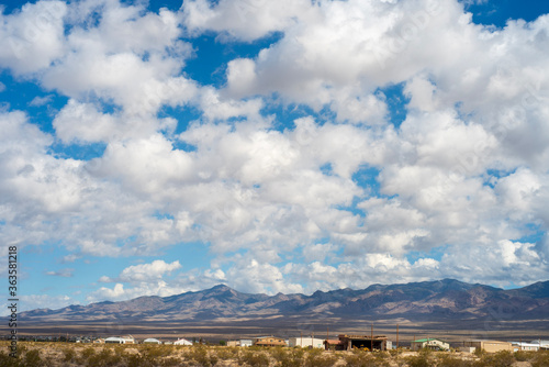 Photo Scenic View Of Landscape Against Cloudy Sky