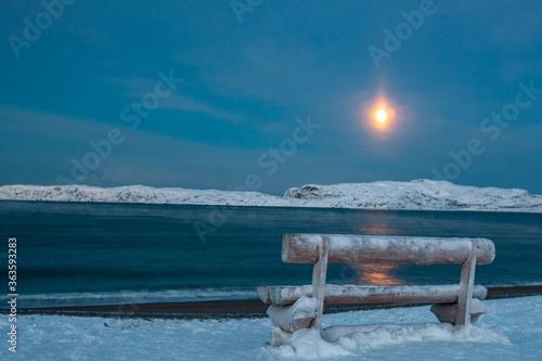 Billede på lærred Scenic View Of Frozen Sea Against Sky During Winter