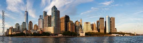 Fotografie, Obraz Panoramic View Of Manhattan Skyline At Sunset
