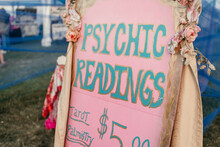 A Sign For Psychic Readings
