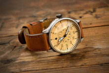 Analog Wrist Watch With Brown ...