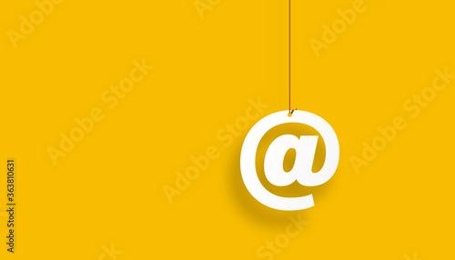 Fotografering indirizzo, posta elettronica, appesa ad un filo