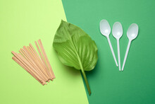 Wooden Sticks And Disposable Plastic White Spoons
