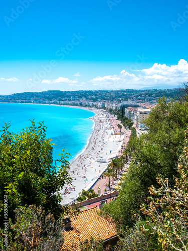 фотография Vue sur la promenade des anglais à Nice, sur la cote d'azur, en France