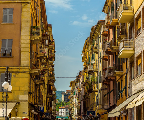 Fototapety, obrazy: A view across the high street in La Spezia, Italy in the summertime