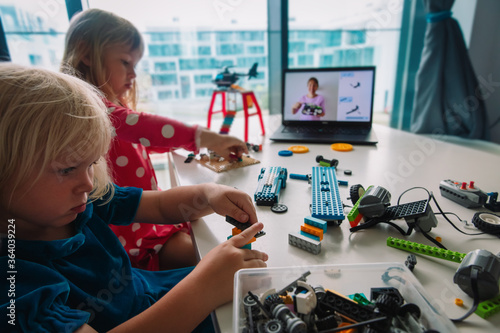 Slika na platnu kids building robot with online robotic technology lesson