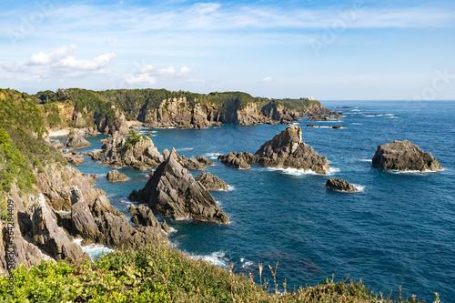 和歌山の最南端の太平洋の海と険しい岩 Canvas