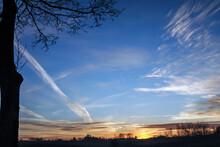 Zachód Na Niebieskim Niebie