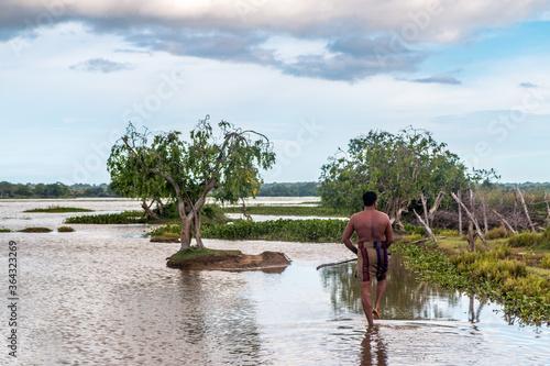 Obraz na plátně Sri Lankan Fisherman