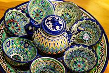 Traditional Uzbek Plates And D...
