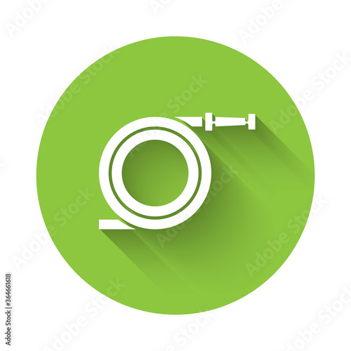 Fotografia White Garden hose or fire hose icon isolated with long shadow