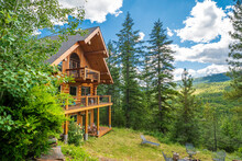 A 3 Story Log Home With Decks ...