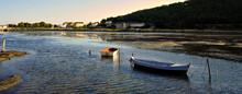 Panoramique Barques Sur Le Lac...