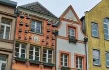 Historisches Glockenspiel In Der Düsseldorfer Altstadt
