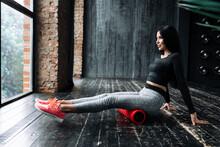 Fitness Trainer In Gray Leggin...