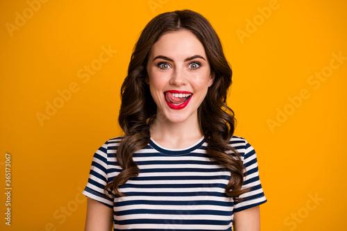 Valokuvatapetti I'm starving Closeup photo of pretty funky wavy lady licking tongue red bright l