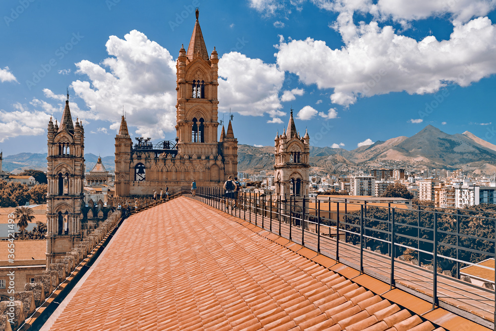 Fototapeta Palermo, Sicily, Italy - View from the roof of The Cathedral at Palermo