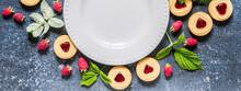 Raspberry Cookies, Berries, Le...