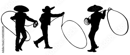 Fotografía Silhouette of Mexican Cowboys with lasso rope doing tricks