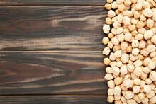 Dry Raw Organic Chickpeas On B...