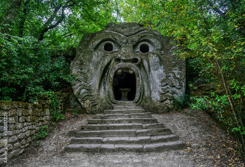 L'Orco on Bomarzo's attraction is a garden, usually referred to as the Bosco Sac Fototapet