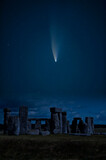 Fototapeta Kawa jest smaczna - Digital composite image of Neowise Comet over Stonehenge in England
