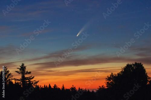 Obraz Komet Neowise - fototapety do salonu
