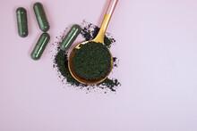 Spirulina Or Chlorella Powder