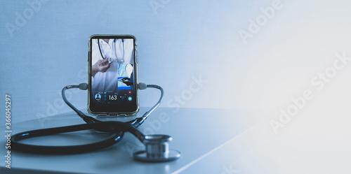 Slika na platnu Tele medicine concept,Medical Doctor online communicating the patient on VR medi