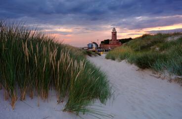 Latarnia morska na wybrzeżu Morza Bałtyckiego,Kołobrzeg,Polska.