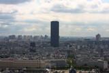 Fototapeta Fototapety Paryż - Francja , Paryż , sierpień 2015 , widok z wiezy Eiffla na Tour Montparnasse
