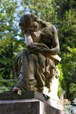 Fototapeta Fototapety Paryż - Francja , Paryż , sierpień 2015 , cmentarz Pere Lachaise , rzeżba na nagrobku Fryderyka Chopina
