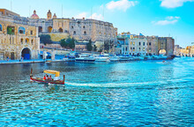 Maltese Water Taxi, Birgu, Malta