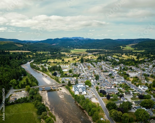 Fotografiet Aerial view of Ballater in Aberdeenshire, Scotland, UK.