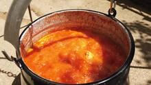 Hungarien Fish Soup With Papri...