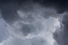 Nubes Y Su Fuerza