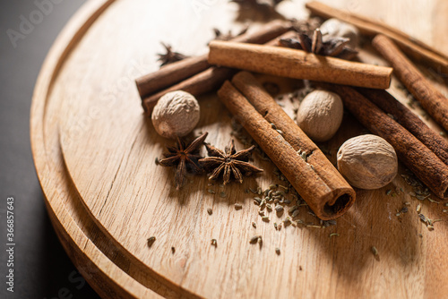 Fototapeta cinnamon sticks, anise, and nutmeg obraz