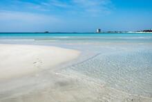 Spiaggia Con Sabbia Bianca, Ma...