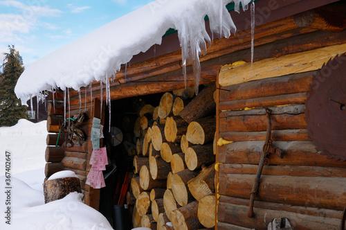 Valokuvatapetti Woodshed at Triangle X ranch Grand Teton National Park with Bridger Teton Nation
